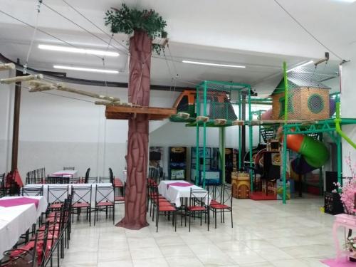 <h1>SALÃO DE FESTA INFANTIL C/ PACOTES COMPLETOS</h1>